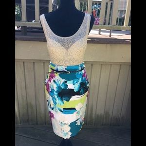 Beautiful & colorful abstract modern design skirt